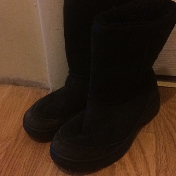a7499b2e9bc Ugg Ultimate short Black boots 5275 women's size 8